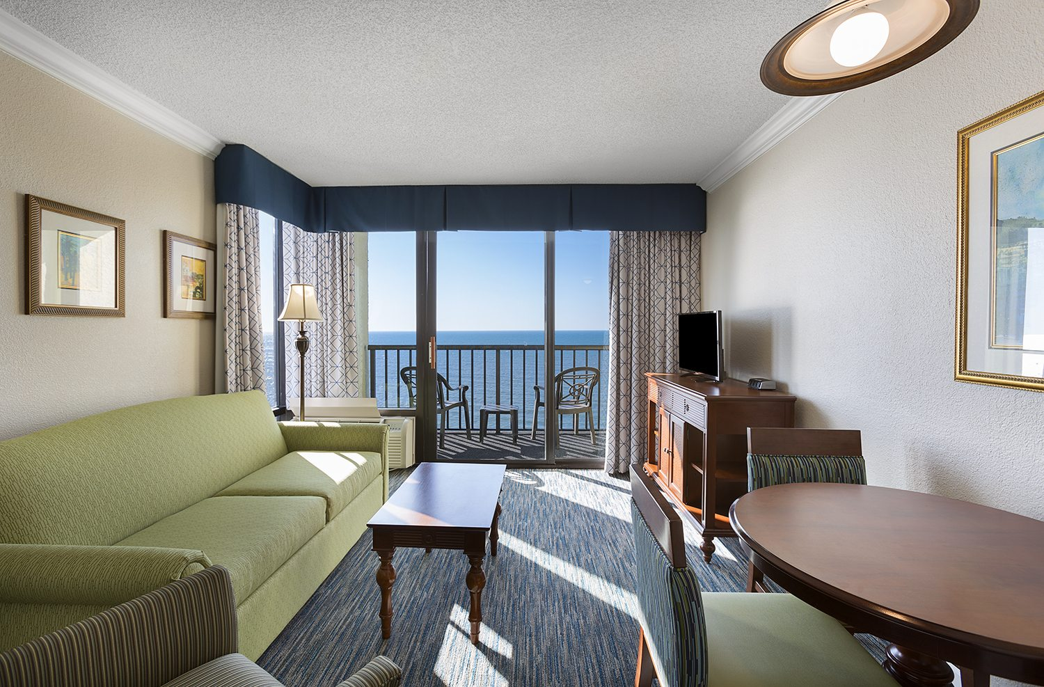 Sea Crest Tower Oceanfront Queen Junior Suite Living Area
